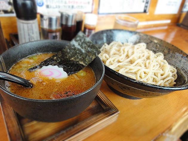 春日井晴れの濃厚つけ麺