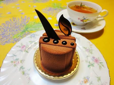 シェ・シバタのケーキ2