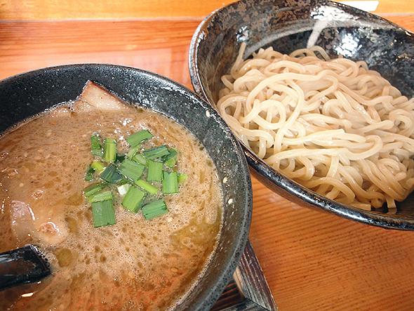 春日井晴れのつけ麺