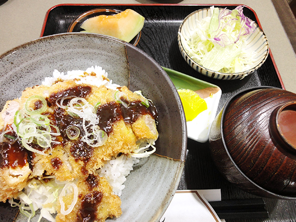 味噌カツ丼定食
