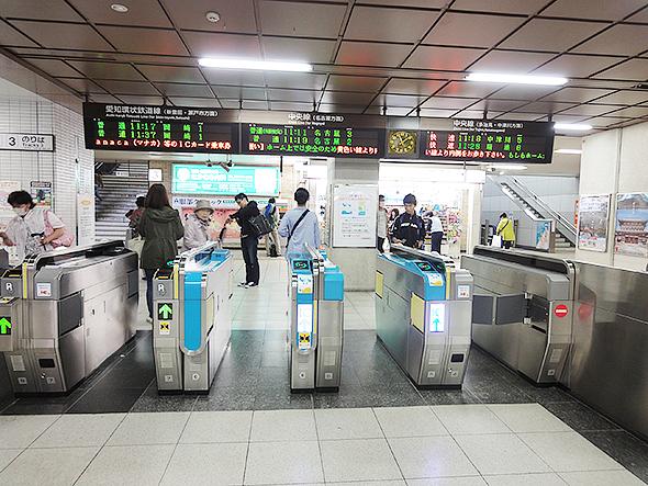 高蔵寺駅JR中央線高蔵寺駅愛知環状線改札風景