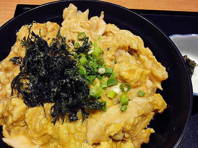 赤い鳥-高蔵寺駅コンコース内にあるランチもイケる地鶏料理の店